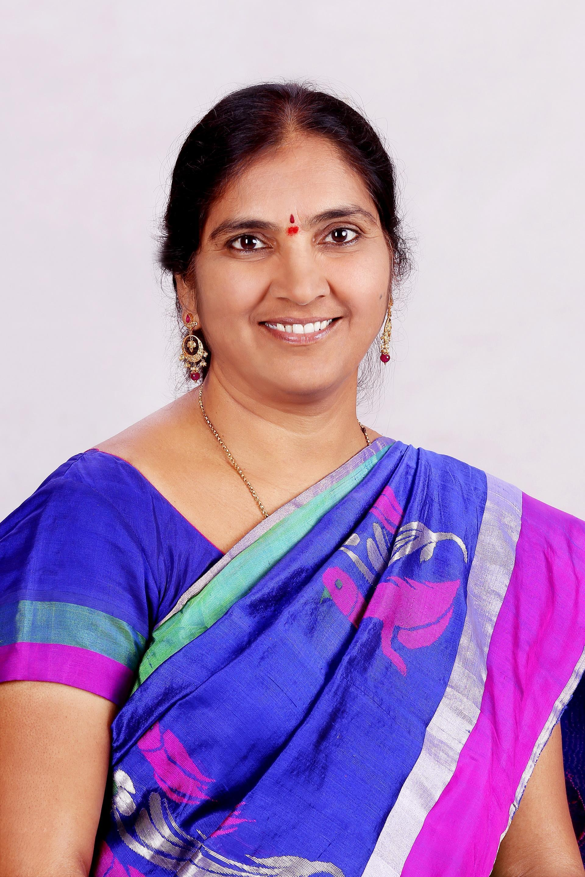 SMT. PADMA DEVENDER REDDY M